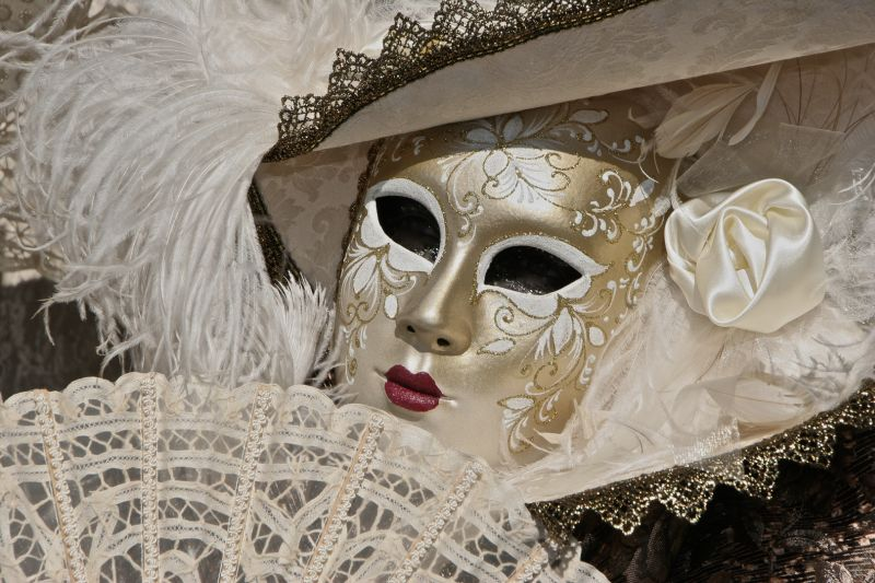 Carnevale Portrait In Gold, Friedman  Laurie , Usa